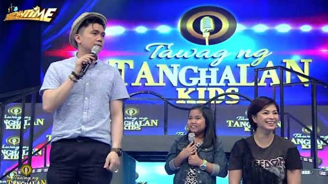 Vhong Navarro Sings Eat Bulaga's Theme Song on It's Showtime Live! See how the Other Hosts Reacted!