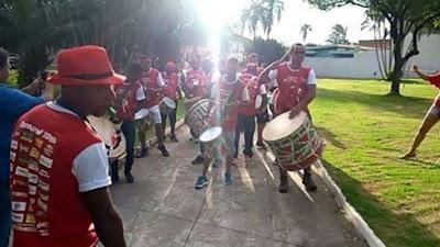 Ensaio da Escola de samba Liberdade que faz neste domingo (11/02/18) apresentação na avenida Frade Monte entre ruas 24 e 26, em Barretos  (O Diário de Barretos Online)