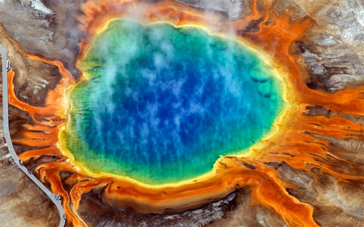 7. The Grand Prismatic Spring, Wyoming, USA - Top 10 Natural Pools