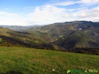 Valle del Río Navia desde Cornomandil
