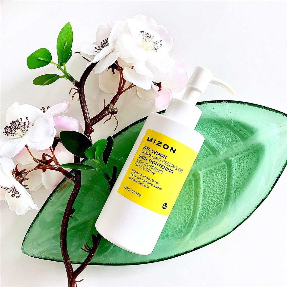 Mizon Vita Lemon Sparkling Peeling Gel opinie blog