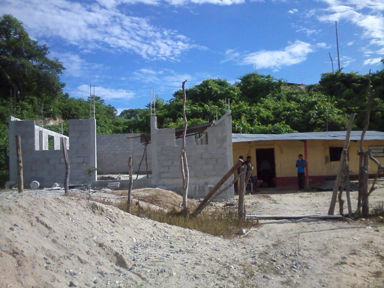 Pastor andres estrada mayo 2017 for Nueva construccion