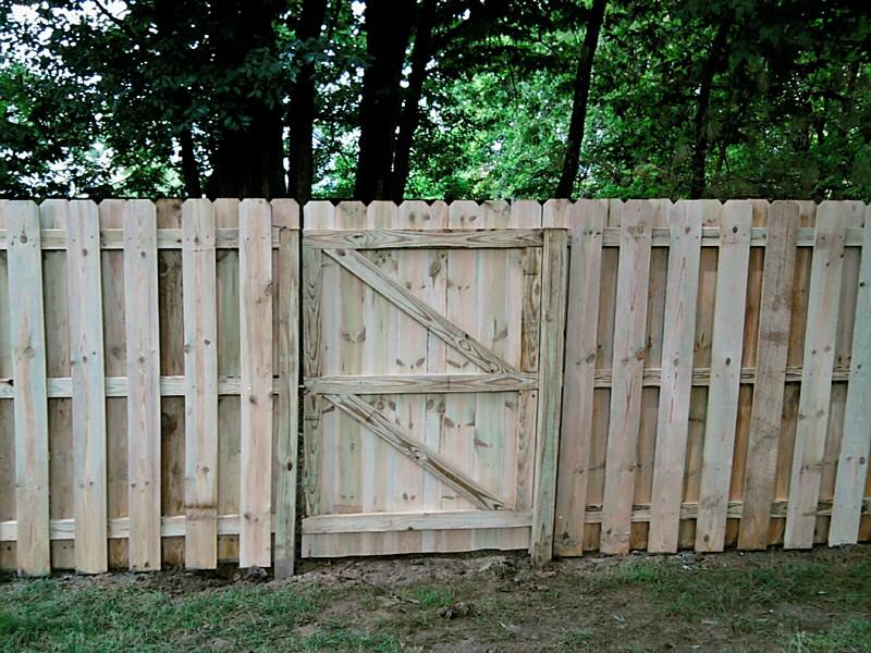 K Amp M Fence 6 Tall Shadowbox Using Treated Lumber