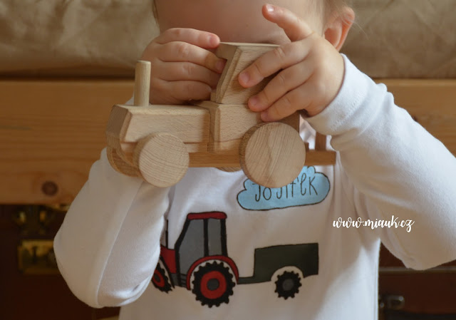 traktor malovaný