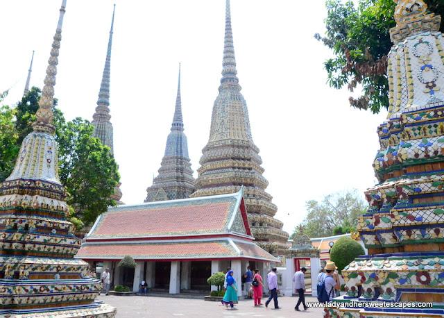 inside Wat Pho complex