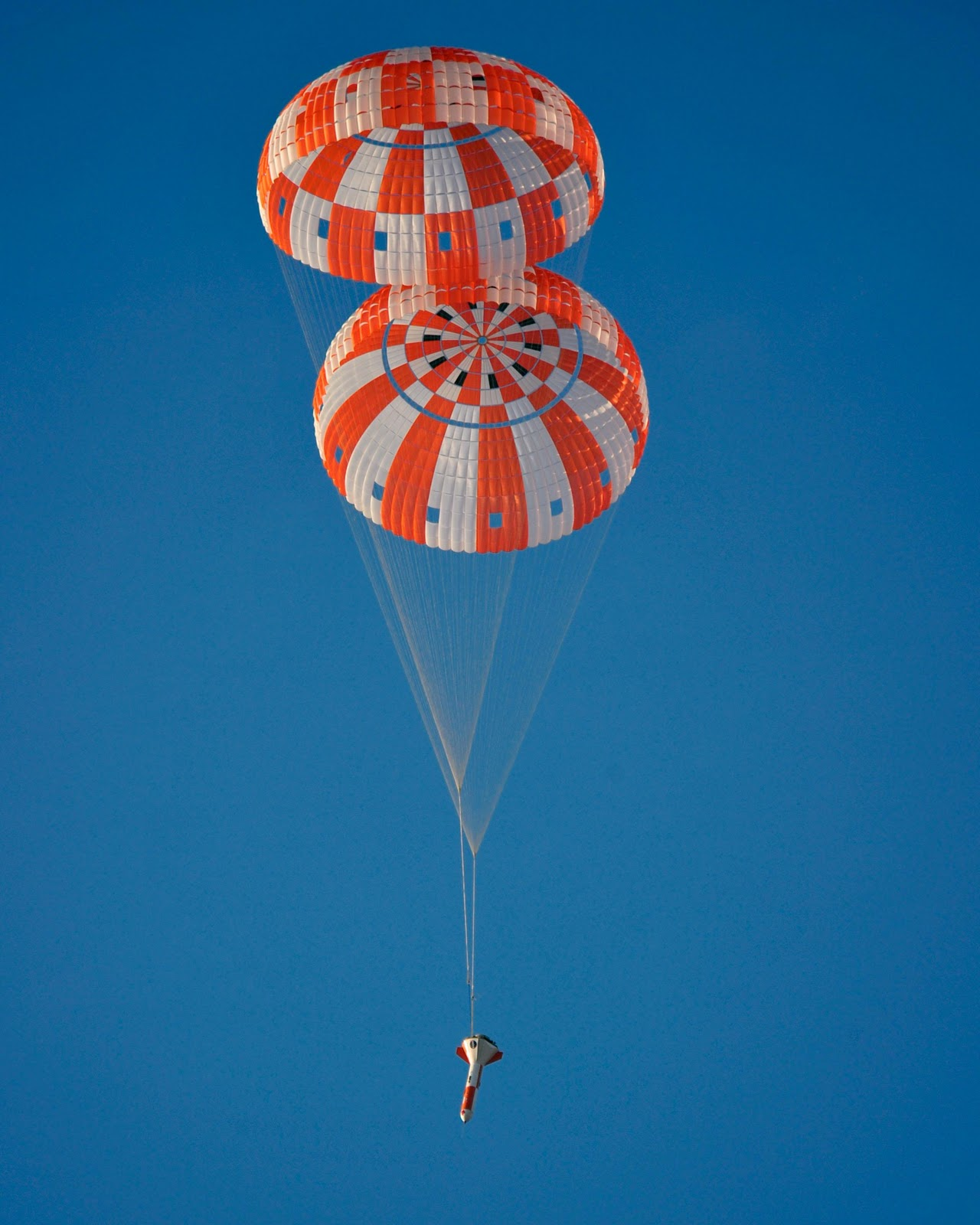 Orbiter.ch Space News: NASA Conducts Orion Parachute ...