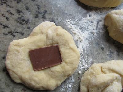 Brioche portugués relleno de chocolate con Thermomix.