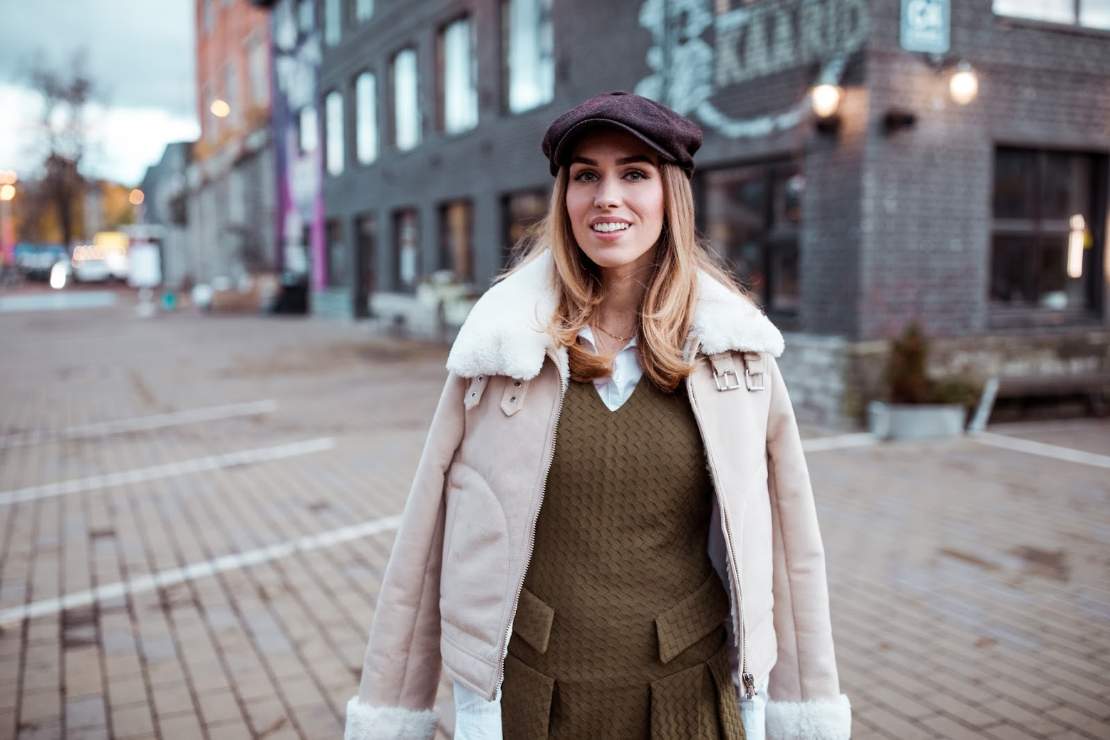 wool newsboy hat outfit