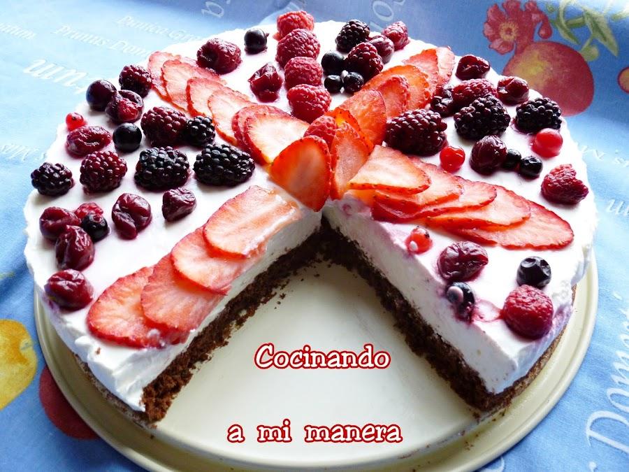 tarta yogur frutos rojos