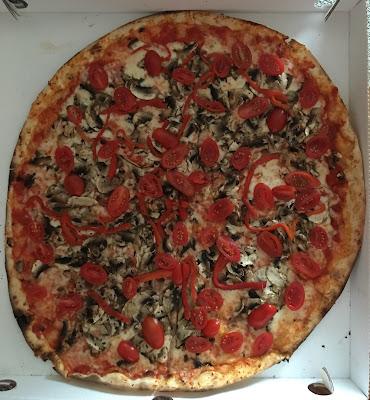 Nonna Edda pizza, πίτσα καισαριανή, πίτσα παγκράτι, παράξενο πιρούνι, paraxeno pirouni