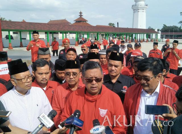 TGB Gabung Golkar, Hasto Sebut Koalisi Pendukung Jokowi Makin Kuat