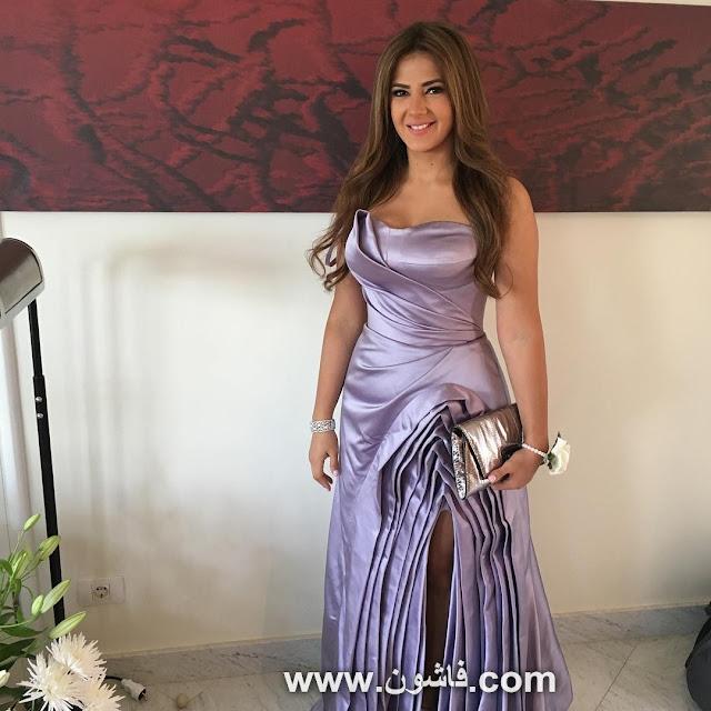 eb892e8bd63c7 شاهدى بالصور ... دنيا سمير غانم تثير غضب جمهورها بفستان من تصميم هانى  البحيرى · اخبار الفساتين