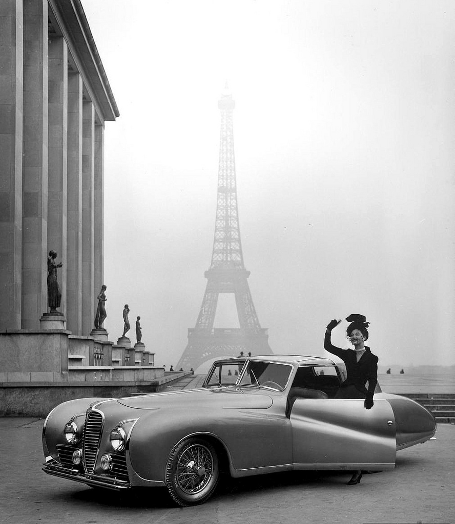Beautiful Vintage Photos of Models and Classic Cars From the 1950s ...