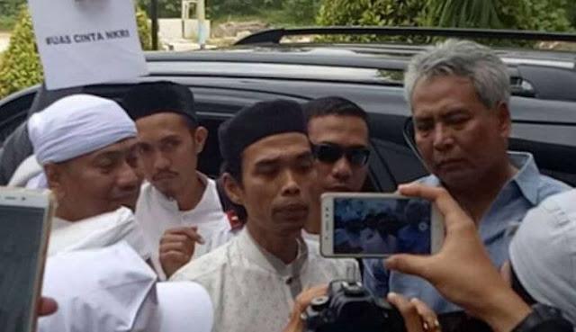 Ustaz Abdul Somad Tak Sudi Didikte Preman Nasi Bungkus