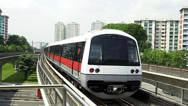 Tàu điện ngầm tại Singapore (MRT)