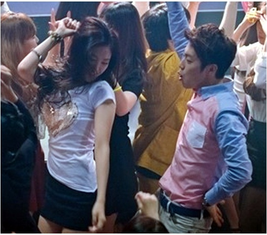 B2ST's Doojoon and A Pink's NaEun spotted clubbing ...
