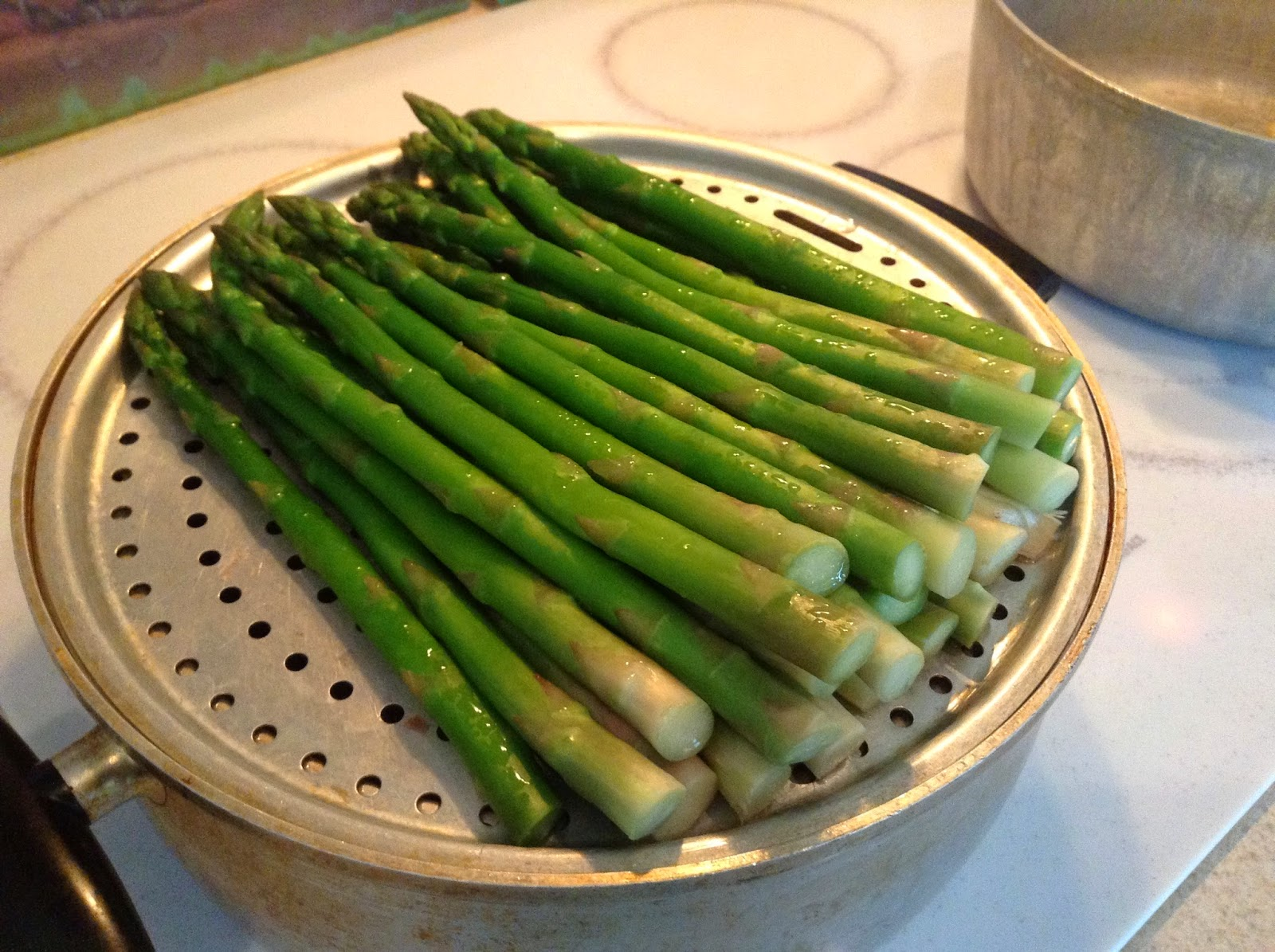 3 Day Refresh Steamed Asparagus