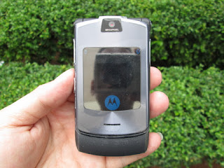 hape jadul Motorola V3i
