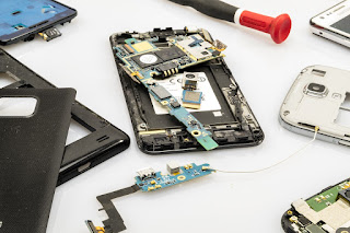 Cara Mudah Mengganti Touchscreen/LCD HP Android Yang Rusak