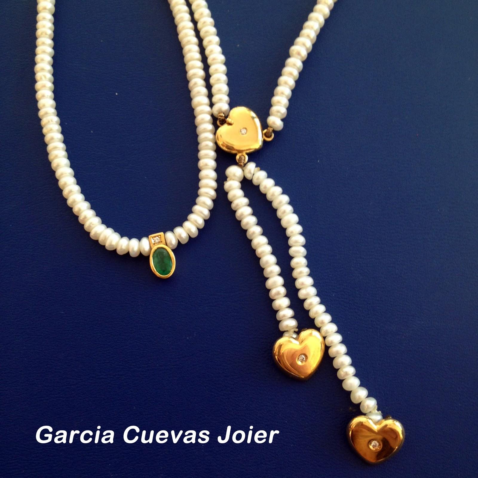 9bacb0f36f92 Si separas las joyas con perlas del resto de joyas evitas que se rayen.  Guárdalas en su propio estuche o en bolsitas aterciopeladas y suaves