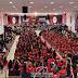 Congresso vem reunindo jovens para adorar a Deus, em João Pessoa