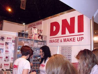 dni makeup en expo belleza