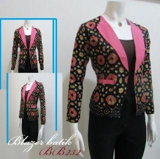 Model blazer batik kombinasi celana panjang