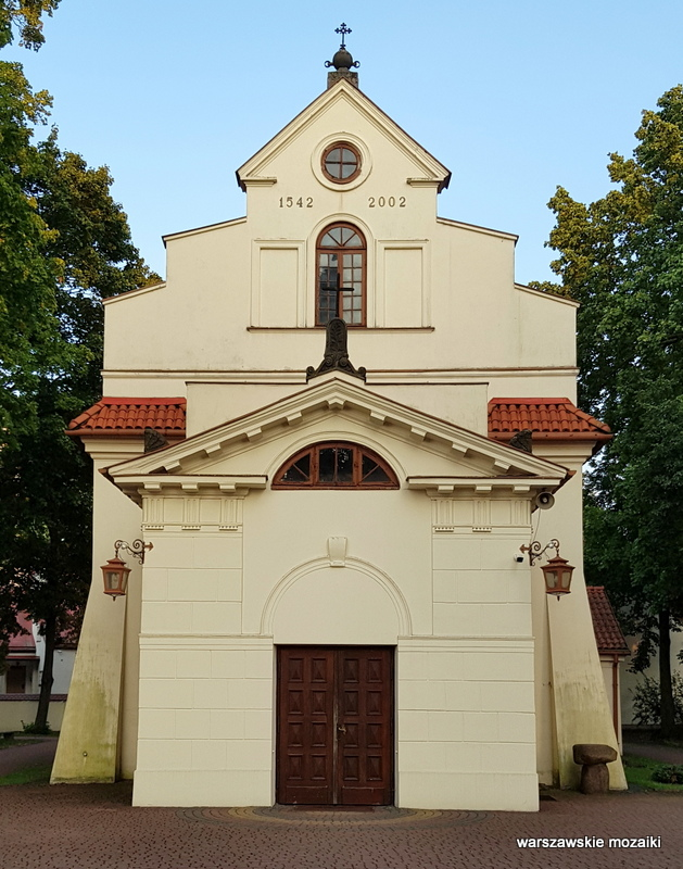 Warszawa Warsaw Bielany kościół pw. św. Marii Magdaleny na Bielanach Wólczyńska architektura