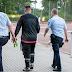 Após sofrer 43 gols num jogo, goleiro alemão é levado por policiais e some