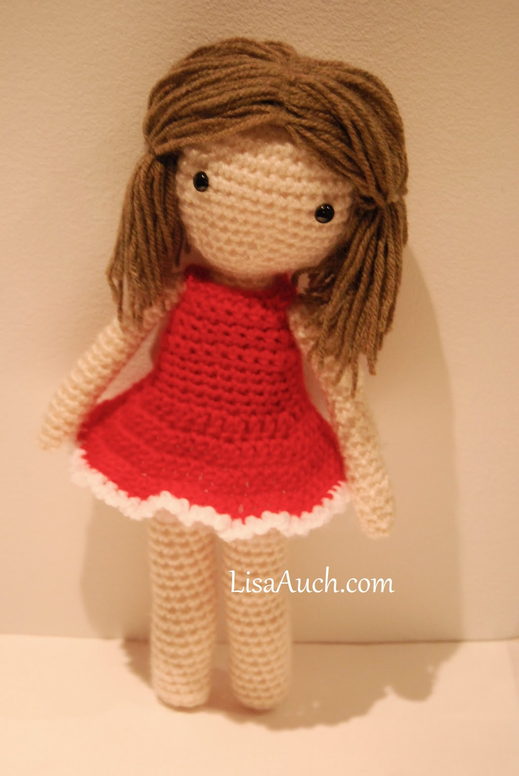 free crochet amigurumi doll pattern with removable dress.