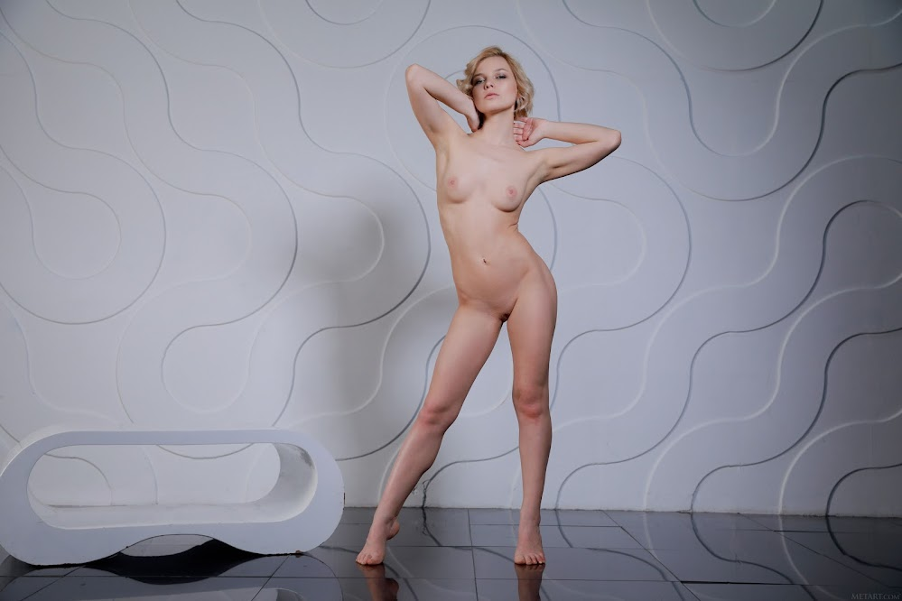 MetArt Hilary Wind Modern Sensuality - Girlsdelta