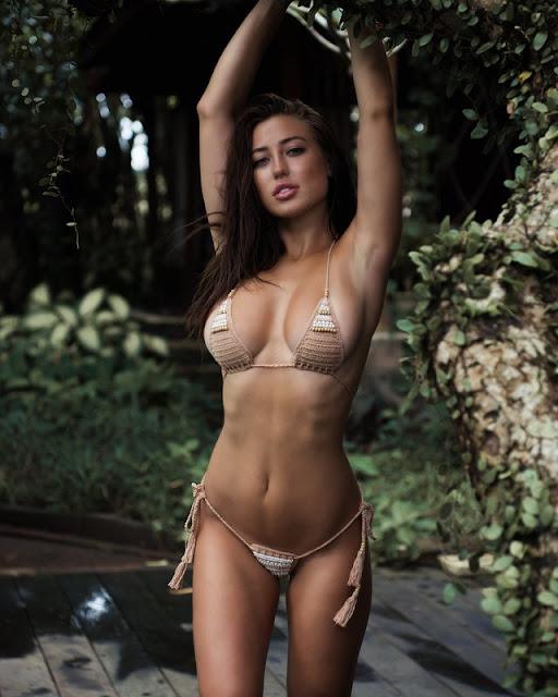 Stephanie Knight - Hot Celebrity Photos