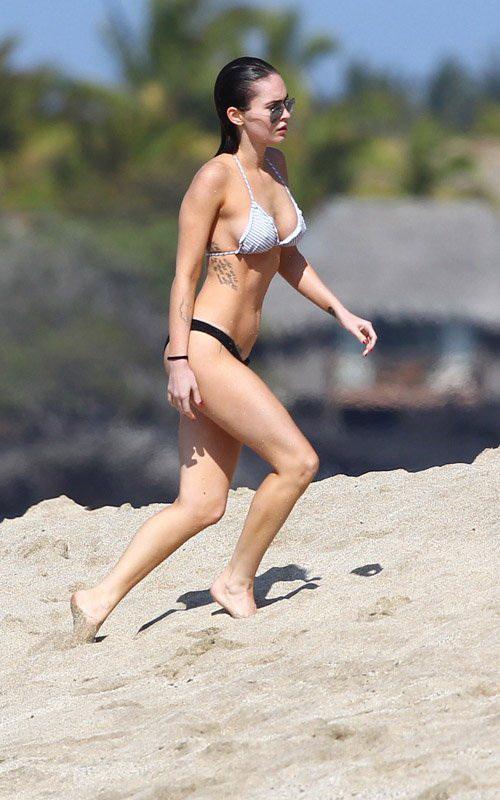 megan fox sexy bikini pics 05