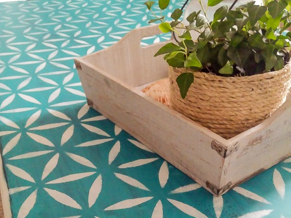 Rescuing a Coffee Table From the Trash (again!)