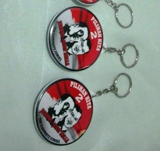 Gantungan kunci bahan plastik untuk souvenir