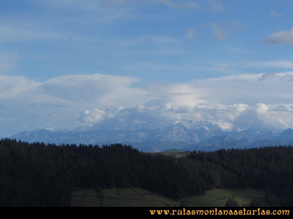 Ruta Deva, Gavio Cimero, Fario, Peña Cuatro Jueces:  Picos de Europa