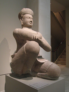 The Met Announces the Return of two statues to Cambodia