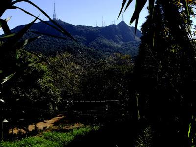 Campinho de terra da rua Nova Jaraguá