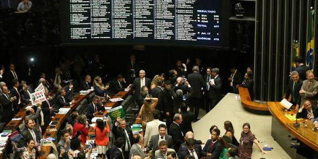 NEWS | Brazil Lower House Approves 20-year Government Spending Cap