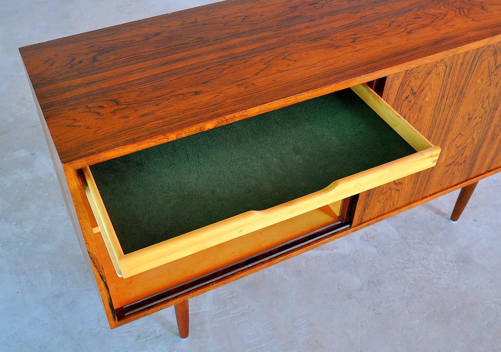 SELECT MODERN Poul Hundevad Rosewood Credenza, Sideboard, Buffet or Bar