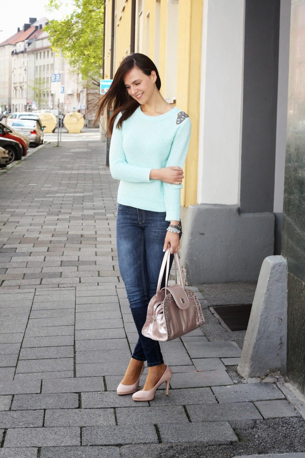 Fashion Union Sweater_02