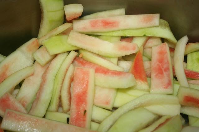 beneficiile consumului de coaja de pepene verde