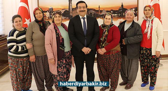 Arslanköy Kadınlar Tiyatro Topluluğundan Cumali Atilla'ya Ziyaret