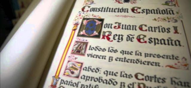 Constitucion y Derecho politico