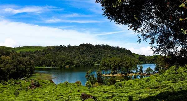 8 Destinasi Wisata Alam Bandung yang Wajib Anda Kunjungi  Informasi Tempat Wisata Lengkap dan