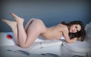 Horny and twerking - Vana%2BL-S01-042.jpg