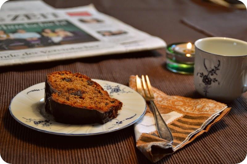 Kuchen mit Marzipan und Amaretto