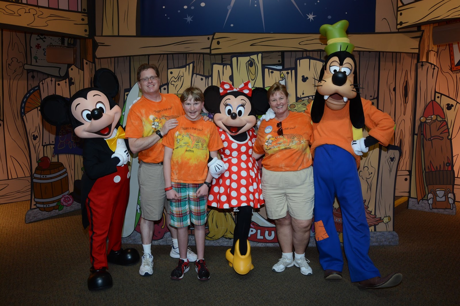 Williams family perks of traveling with a disney rewards visa perks of traveling with a disney rewards visa two character meet and greets at the walt disney world resort kristyandbryce Choice Image