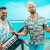 Alkilados responde comentário homofóbico sobre beijo gay em seu novo videoclipe 'Un Beso'