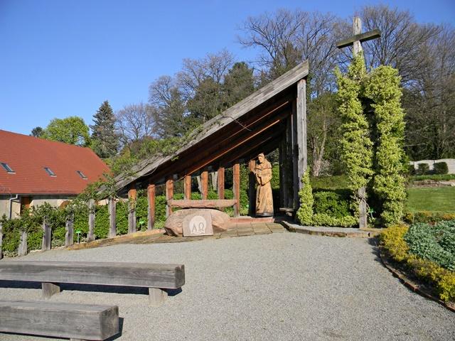 arboretum w Wojsławicach, miejsce kultu